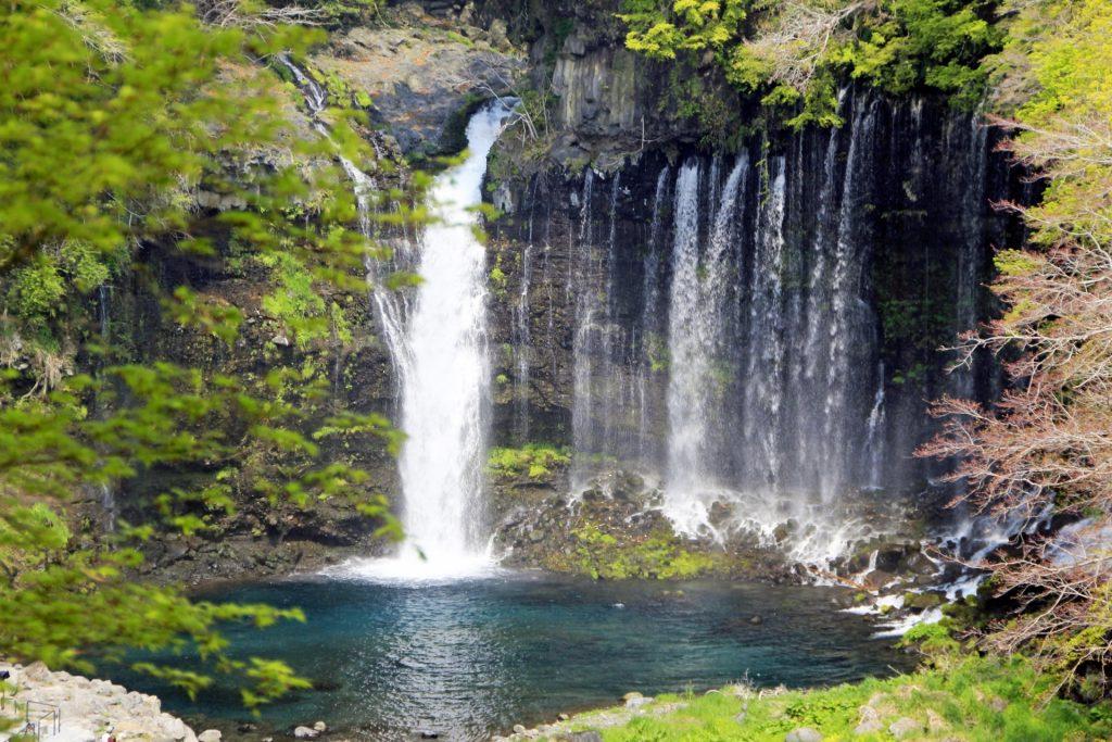 自然の湧水